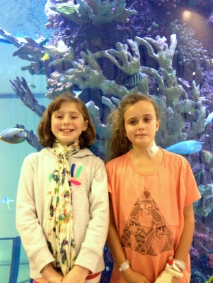 Armelle & Pippa at the Aquarium